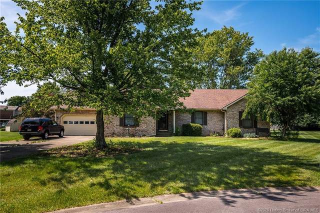 1681 West Aimee Court, Scottsburg, IN 47170 (MLS #202008565) :: The Paxton Group at Keller Williams Realty Consultants