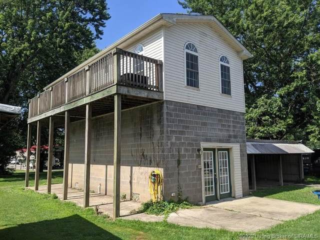 327 Circle Road, Charlestown, IN 47111 (#202009016) :: The Stiller Group