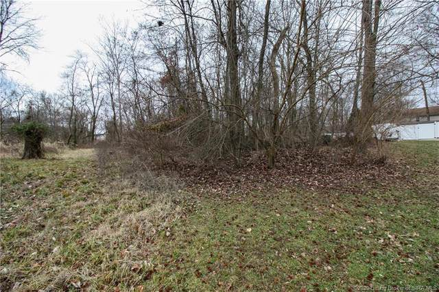 3719 Dove Circle, New Albany, IN 47150 (#202009346) :: The Stiller Group