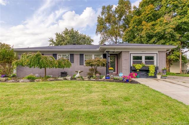 607 Spicewood Drive, Clarksville, IN 47129 (#2021011595) :: The Stiller Group