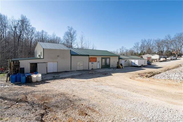 1927 E Shelton Road, English, IN 47118 (MLS #202105058) :: The Paxton Group at Keller Williams Realty Consultants