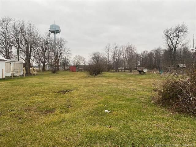 125 Village Lane, Marysville, IN 47141 (#202105123) :: The Stiller Group