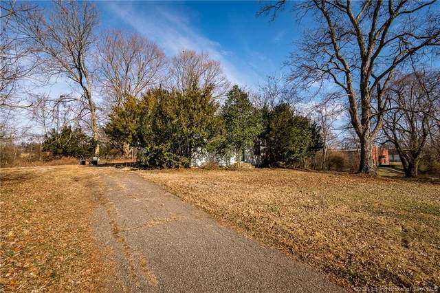 5682 Corydon Ridge Road, Georgetown, IN 47122 (MLS #202105445) :: The Paxton Group at Keller Williams Realty Consultants