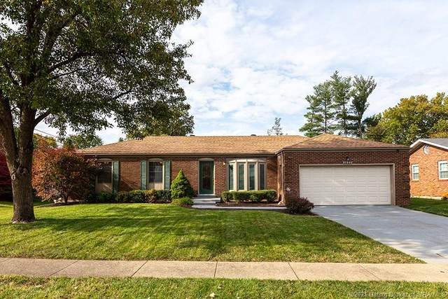 1427 Mccartin Drive, New Albany, IN 47150 (MLS #202105459) :: The Paxton Group at Keller Williams Realty Consultants