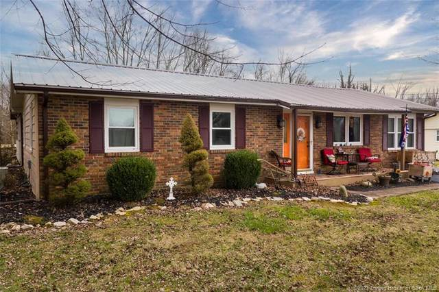 588 E Marshfield Road, Scottsburg, IN 47170 (MLS #202105881) :: The Paxton Group at Keller Williams Realty Consultants