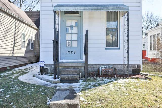 1928 E Oak Street, New Albany, IN 47150 (MLS #202105960) :: The Paxton Group at Keller Williams Realty Consultants