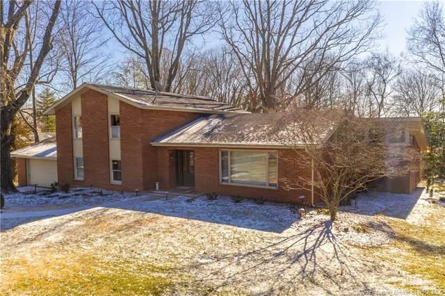 306 Fairmount Drive, Madison, IN 47250 (MLS #202106019) :: The Paxton Group at Keller Williams Realty Consultants