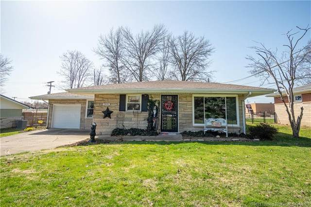 2431 Taylor Street, Madison, IN 47250 (MLS #202106518) :: The Paxton Group at Keller Williams Realty Consultants