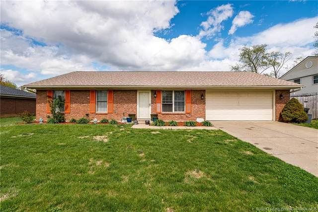 802 Laurel Drive, Jeffersonville, IN 47130 (MLS #202106908) :: The Paxton Group at Keller Williams Realty Consultants