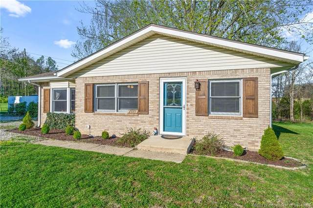 2127 Cherry Circle, Georgetown, IN 47122 (MLS #202106960) :: The Paxton Group at Keller Williams Realty Consultants