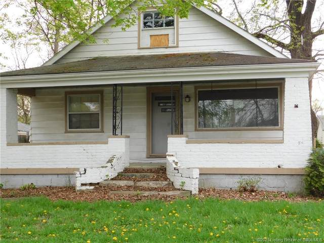 203 Myrtle Street, Jeffersonville, IN 47130 (MLS #202106992) :: The Paxton Group at Keller Williams Realty Consultants