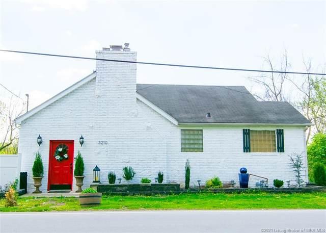 3210 Utica Pike, Jeffersonville, IN 47130 (#202107005) :: The Stiller Group