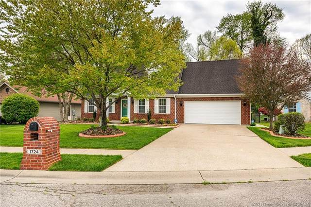 1724 Johnny Drive, Jeffersonville, IN 47130 (MLS #202107034) :: The Paxton Group at Keller Williams Realty Consultants