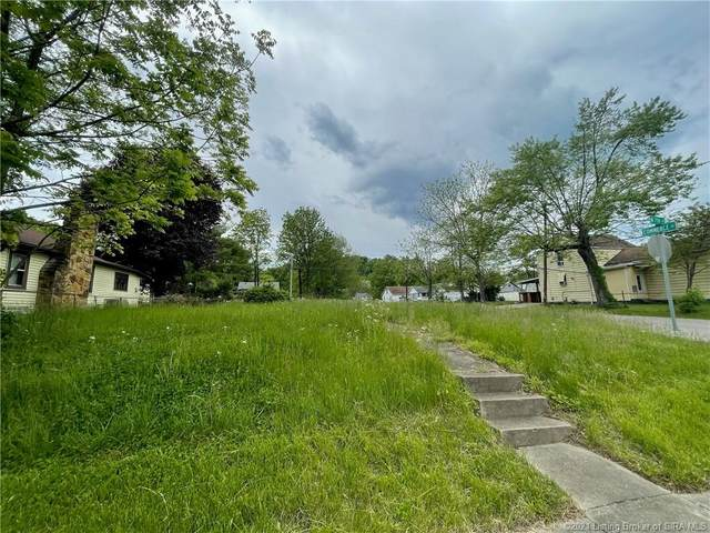 655 W 7th Street, New Albany, IN 47150 (#202107641) :: The Stiller Group