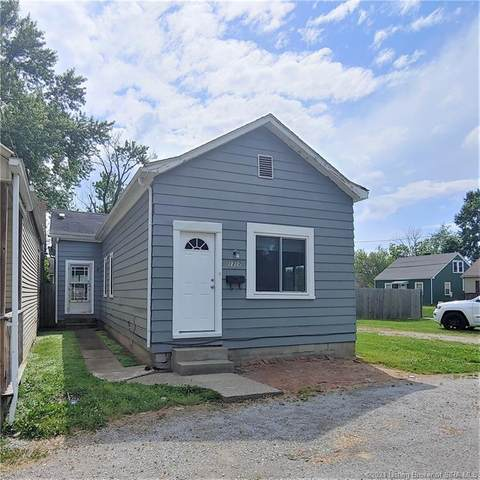 1317 Vine Street, New Albany, IN 47150 (MLS #202108332) :: The Paxton Group at Keller Williams Realty Consultants