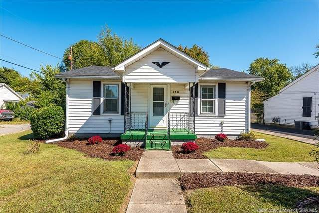 716 Short Jackson Street, Jeffersonville, IN 47130 (MLS #202108376) :: The Paxton Group at Keller Williams Realty Consultants