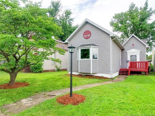 941 E Chestnut Street, Jeffersonville, IN 47130 (#202108378) :: The Stiller Group