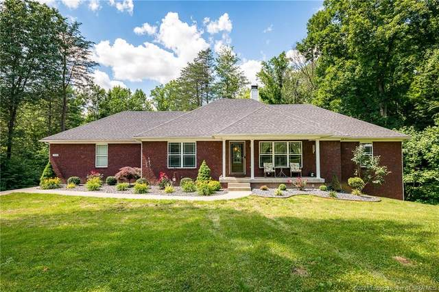 7698 Greenbrier Road NE, Georgetown, IN 47122 (MLS #202108553) :: The Paxton Group at Keller Williams Realty Consultants