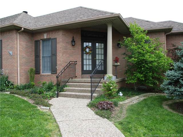 2 Cobblestone Way, Madison, IN 47250 (MLS #202109302) :: The Paxton Group at Keller Williams Realty Consultants