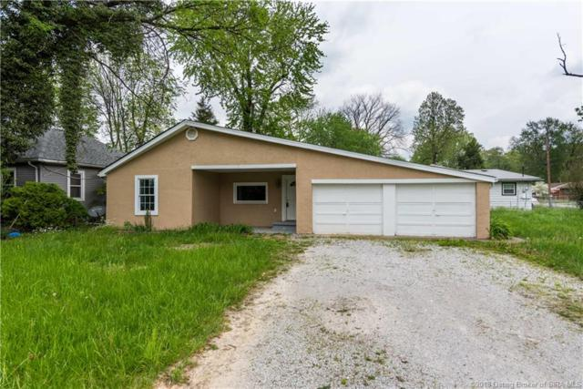 1036 Kehoe Lane, Jeffersonville, IN 47130 (MLS #201808534) :: The Paxton Group at Keller Williams