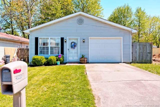 3906 Dunbar Avenue, New Albany, IN 47150 (MLS #201808576) :: The Paxton Group at Keller Williams