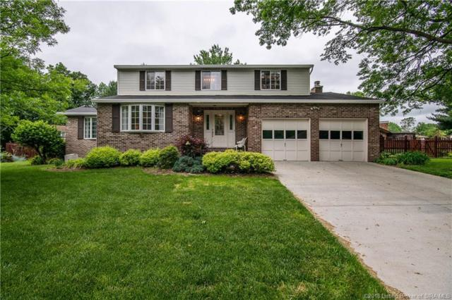 1021 Meadowview Drive, New Albany, IN 47150 (MLS #201808997) :: The Paxton Group at Keller Williams