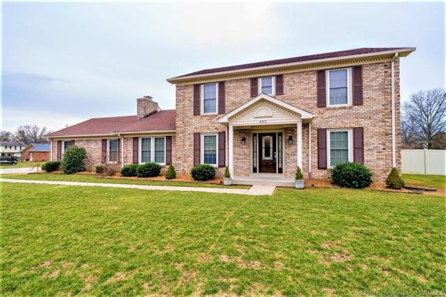 601 Erin Drive, Jeffersonville, IN 47130 (MLS #201906266) :: The Paxton Group at Keller Williams