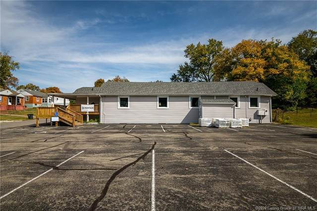 820 Pleasant Street, Charlestown, IN 47111 (#2020010823) :: The Stiller Group