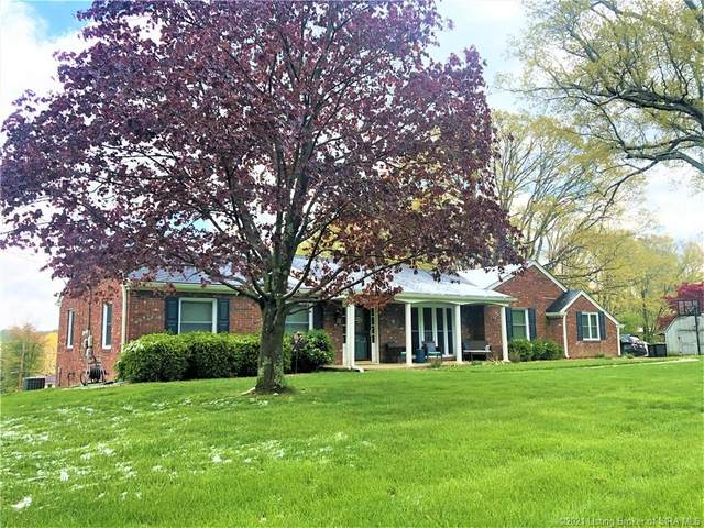 690 N Shady Lane, North Vernon, IN 47265 (MLS #202107199) :: The Paxton Group at Keller Williams Realty Consultants