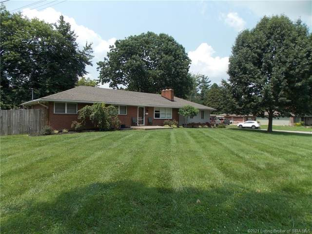 1917 Utica Pike, Jeffersonville, IN 47130 (MLS #202109305) :: The Paxton Group at Keller Williams Realty Consultants