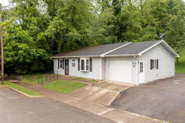 220 W Main Street, Milltown, IN 47145 (MLS #202107449) :: The Paxton Group at Keller Williams Realty Consultants