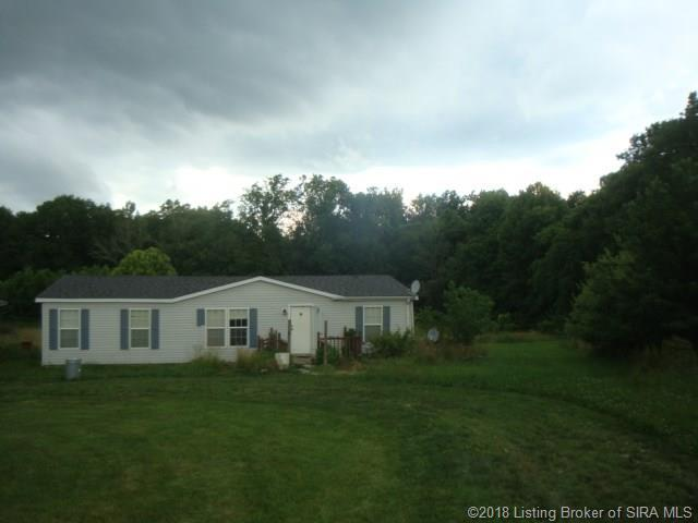 3005 S Middle Fork Lane, Salem, IN 47167 (MLS #2018010136) :: The Paxton Group at Keller Williams