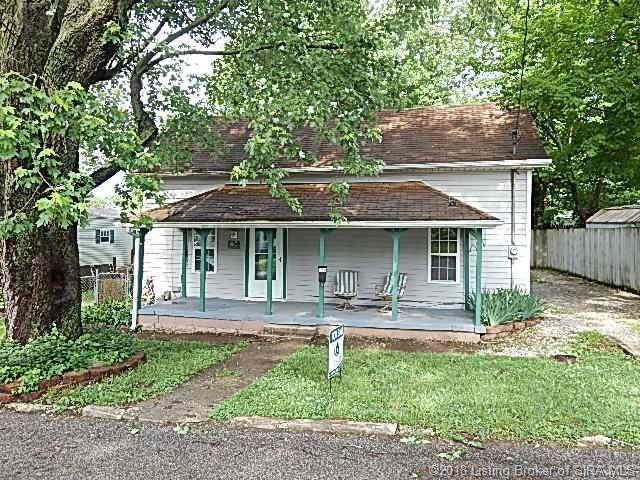 422 Josephine Street, Paoli, IN 47454 (MLS #201809494) :: The Paxton Group at Keller Williams