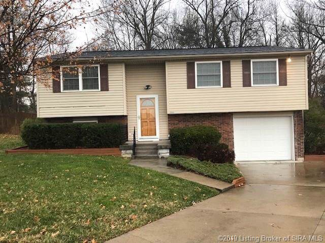 2009 Snyder Drive, Jeffersonville, IN 47130 (MLS #2019012585) :: The Paxton Group at Keller Williams Realty Consultants