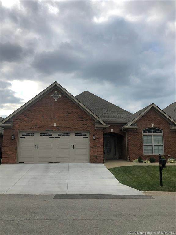 2435 Aspen Way, Jeffersonville, IN 47130 (MLS #2020010916) :: The Paxton Group at Keller Williams Realty Consultants