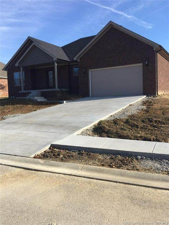 427 Pine Drive Circle, Henryville, IN 47126 (MLS #2020012004) :: The Paxton Group at Keller Williams Realty Consultants