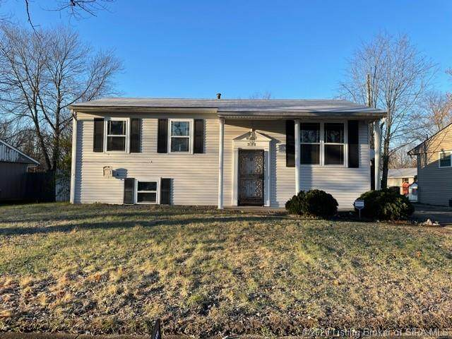 321 Fairwood Drive, Jeffersonville, IN 47130 (MLS #2020012255) :: The Paxton Group at Keller Williams Realty Consultants