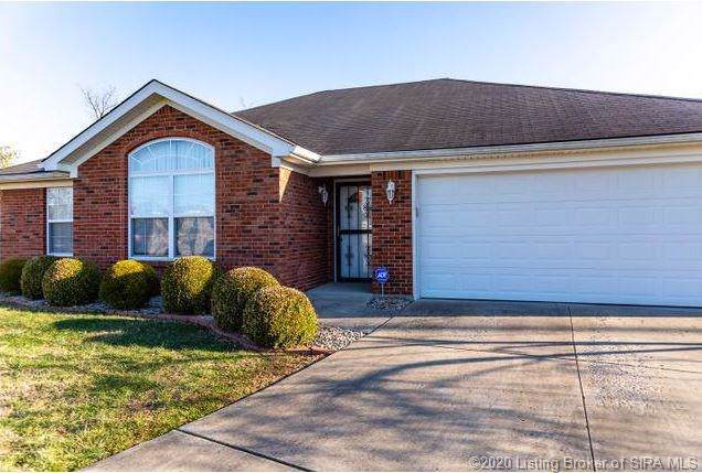 11909 Perry Crossing Parkway, Sellersburg, IN 47172 (MLS #202005469) :: The Paxton Group at Keller Williams Realty Consultants
