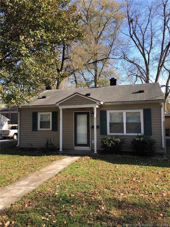 1444 Grubbs Avenue, Jeffersonville, IN 47130 (#202005500) :: The Stiller Group