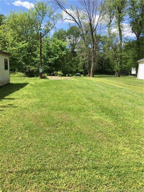 113 Walnut Grove Drive, Clarksville, IN 47129 (#202007551) :: The Stiller Group