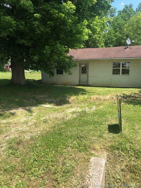 7530 Highway 135 NE, New Salisbury, IN 47161 (MLS #202008720) :: The Paxton Group at Keller Williams Realty Consultants