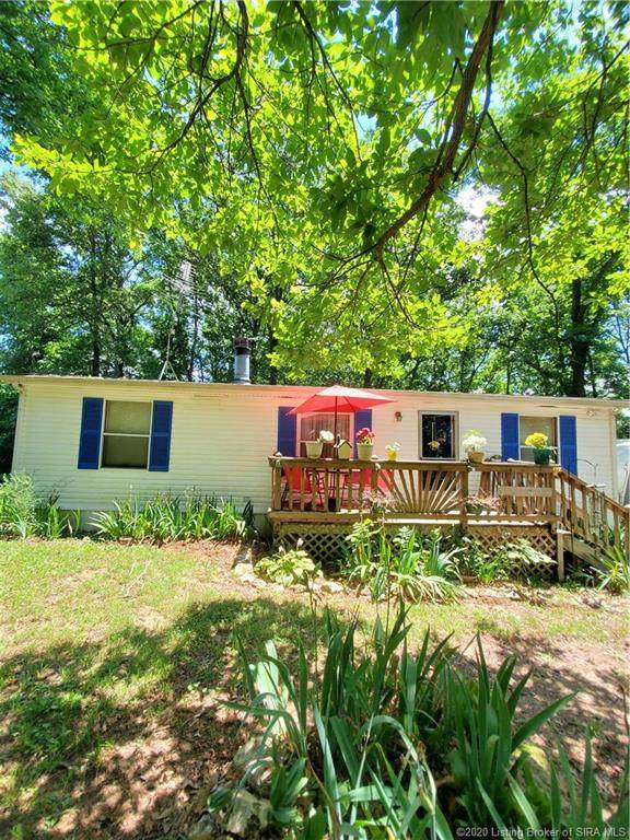 1090 S Wooded Fields Road, Hardinsburg, IN 47125 (MLS #202009178) :: The Paxton Group at Keller Williams Realty Consultants