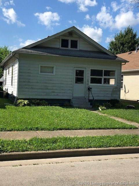 2221 Reno Avenue, New Albany, IN 47150 (#202009209) :: The Stiller Group