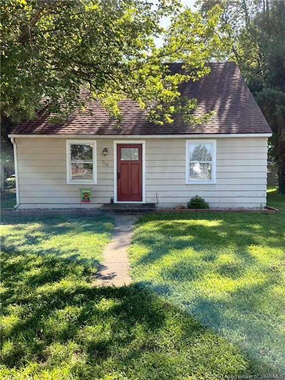 212 N Poplar Street, New Washington, IN 47162 (MLS #202009942) :: The Paxton Group at Keller Williams Realty Consultants