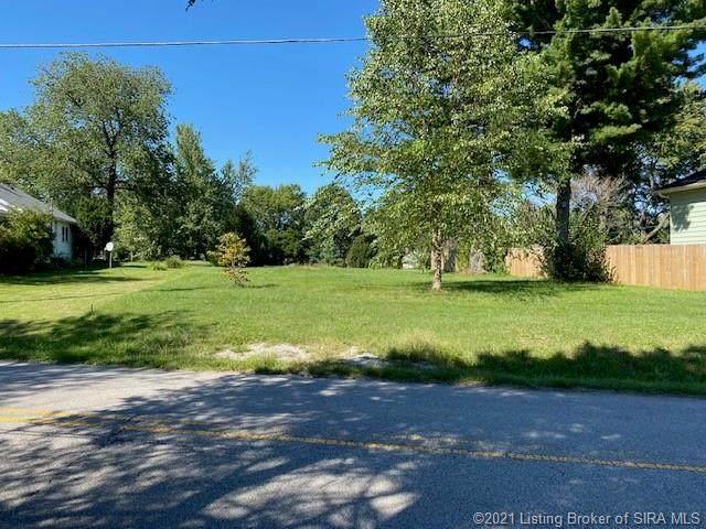 208 Spickert Knob Road, New Albany, IN 47150 (#2021010650) :: The Stiller Group