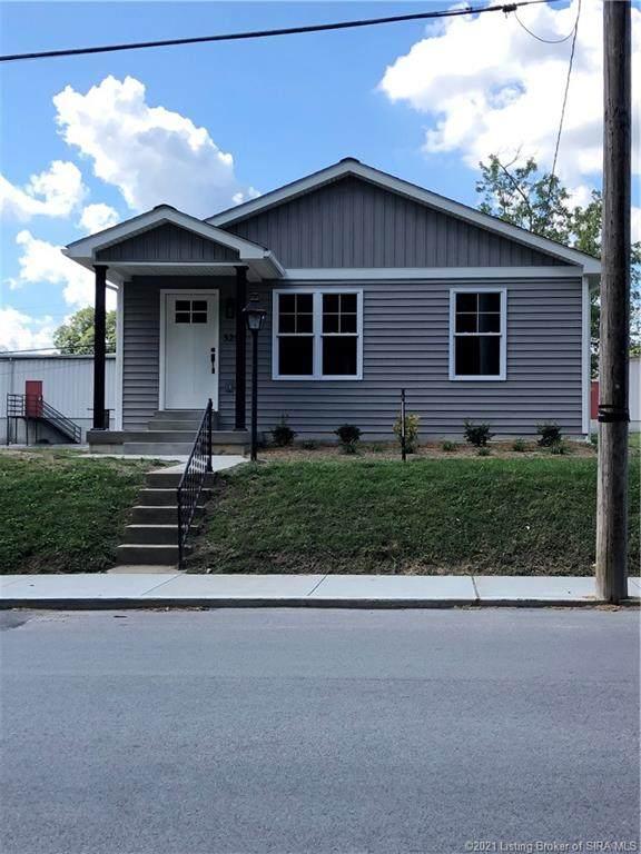 325 N New Albany Street, Sellersburg, IN 47172 (#2021010979) :: Herg Group Impact