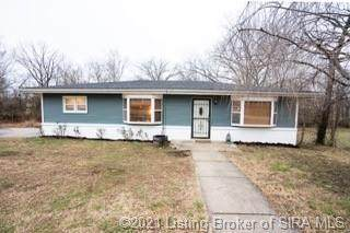 2247 Alta Avenue, New Albany, IN 47150 (MLS #202105033) :: The Paxton Group at Keller Williams Realty Consultants