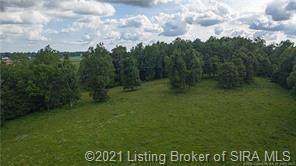 15 Georgetown Lanesville Road, Georgetown, IN 47122 (MLS #202105183) :: The Paxton Group at Keller Williams Realty Consultants