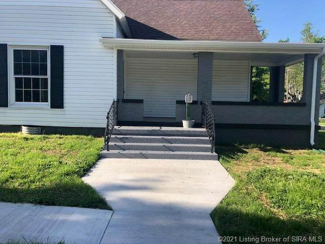 701 W Walnut Street, Salem, IN 47167 (MLS #202107464) :: The Paxton Group at Keller Williams Realty Consultants