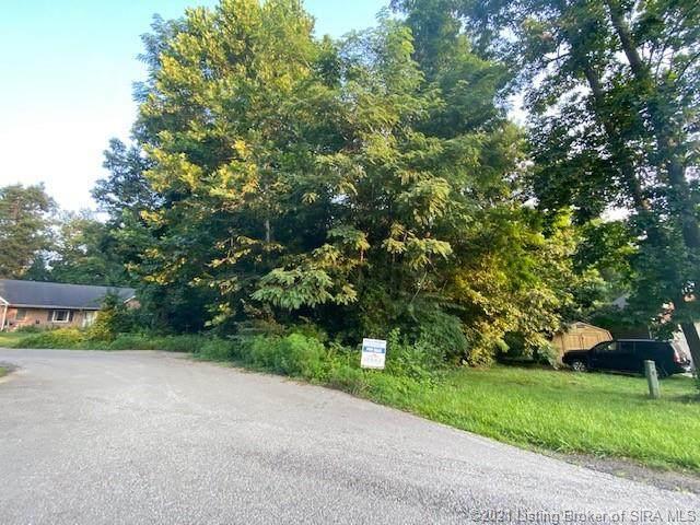 403 Slate Run Drive, Henryville, IN 47126 (#202109274) :: Herg Group Impact